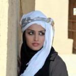 شاعرة إيرانية: احتجزوني في قفص المجرمين