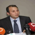 وزير خارجية لبنان يدافع عن امتناعه التصويت على قرار الجامعة العربية..ومغردون يطالبون بمنع المساعدات