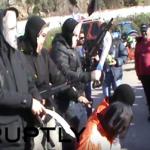 """بالفيديو:""""تنظيم داعش"""" في اليونان يحتج بـ""""الذبح"""" على رفع ضرائب المزارعين"""