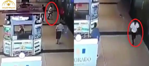 بالفيديو: لحظة مقتل رجل على يد قاتل محترف