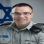 """بالفيديو: الناطق باسم الجيش الإسرائيلي يثير ضجة بعد نشر """"أغنية عربية"""" يهنئ بها أمهات العالم"""