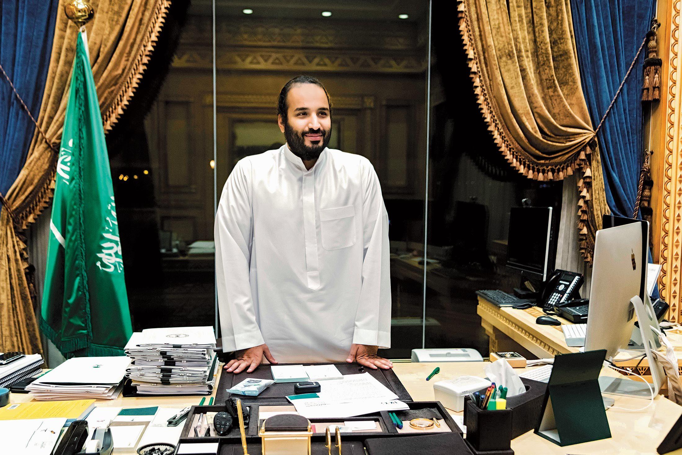 """تفاصيل لقاء الـ8 ساعات الغير مسبوقة مع """"سيد كل شيء"""" الأمير محمد بن سلمان"""