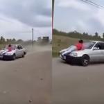 بالفيديو: رجل يعاقب زوجته على خيانتها بطريقة قاسية