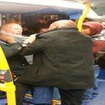 بالفيديو : شجار عنيف بين رجل أسود وآخر أبيض داخل حافلة بلندن .. والسبب العنصرية!