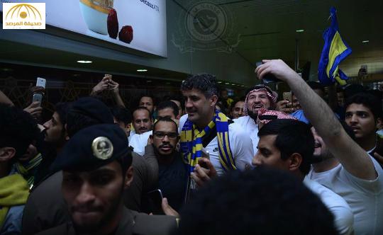 """بالفيديو والصور:جماهير النصر تستقبل المدرب الجديد """"زوران ماميتش"""""""