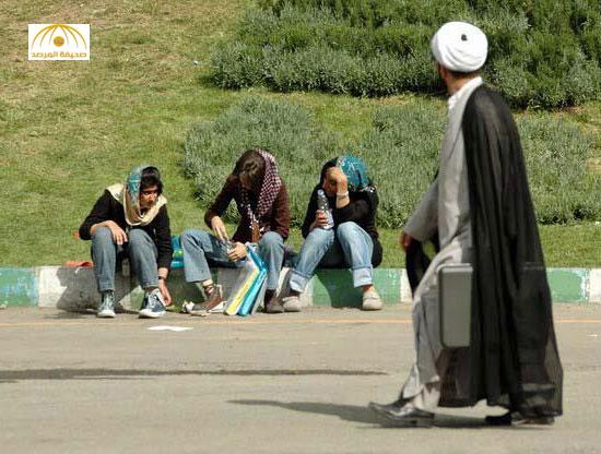انتعاش سوق الدعارة في إيران.. ومعظم العاهرات من النساء المتزوجات