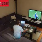 """فيديو: شاهد ردة فعل مشجع تركي  على """"مقلب"""" زوجته أثناء مباراة اليورو"""