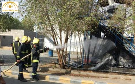 """بالصور: عمال """"بن لادن"""" يشعلون النار بسكنهم اعتراضاً على تأخر رواتبهم"""