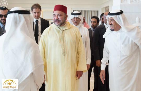 بالصور : خادم الحرمين الشريفين يستقبل ملك المغرب بمقر إقامته بطنجة