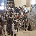 بالفيديو والصور:عودة الازدحام بمطار الملك خالد بالرياض.. ومنع بعض المسافرين من دخوله