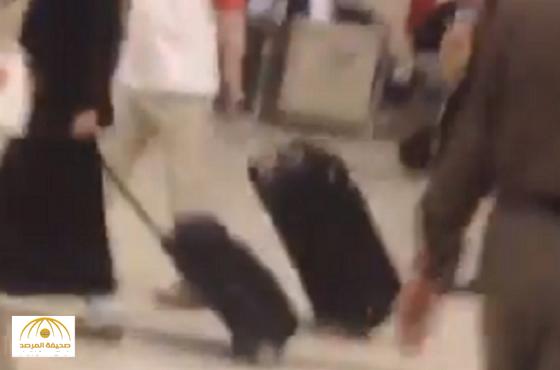 """هيئة الطيران المدني تكشّف  السبب وراء صراخ فتاة مطار """"الملك خالد"""""""