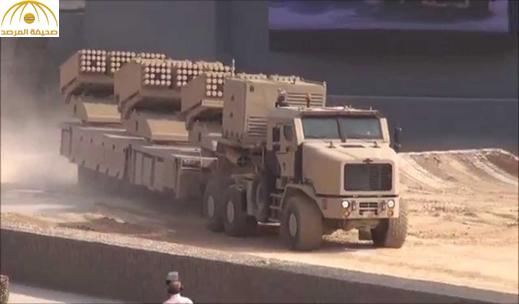 """بالصور: راجمات صواريخ """"جهنم"""" تصل إلى مأرب للمشاركة في معركة الحسم بصنعاء"""