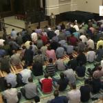 300 مسلم يصلون الجمعة داخل كنيسة بواشنطن!