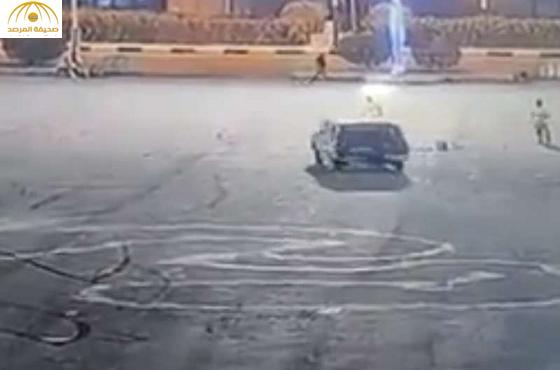 بالفيديو:مجهول يدهس آخر عمداً ويفرّ هارباً بالعيدابي