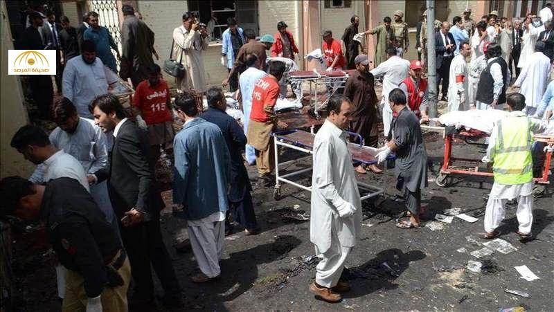 شاهد: لحظة تفجير مستشفى في باكستان أودى بحياة 70 شخصا – فيديو