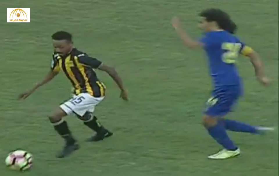 بالفيديو: تدخل عنيف من حسين عبدالغني على لاعب اتحادي في بطولة تبوك الودية