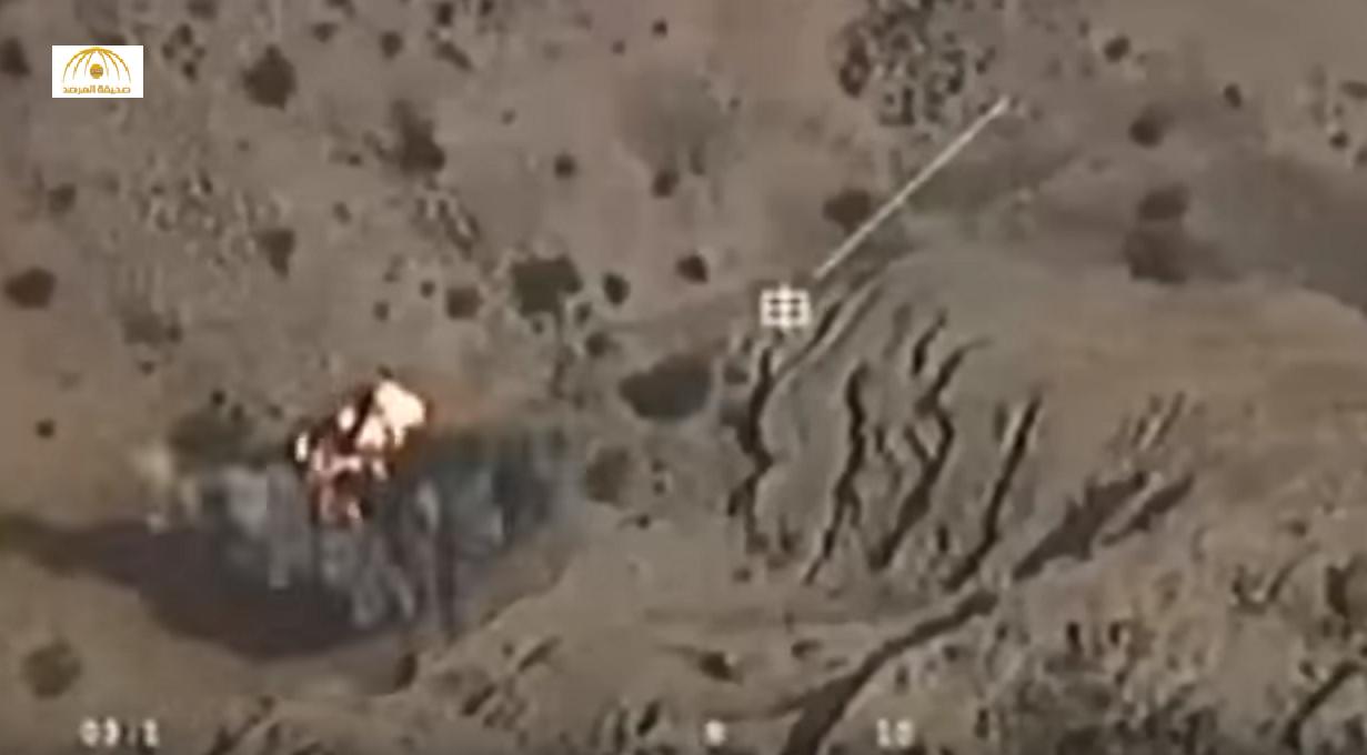 """بالفيديو: شاهد """"الأباتشي"""" السعودية تقصف الحوثيين بلا رحمة.. وطائرات بدون طيار تدمر ذخيرتهم"""
