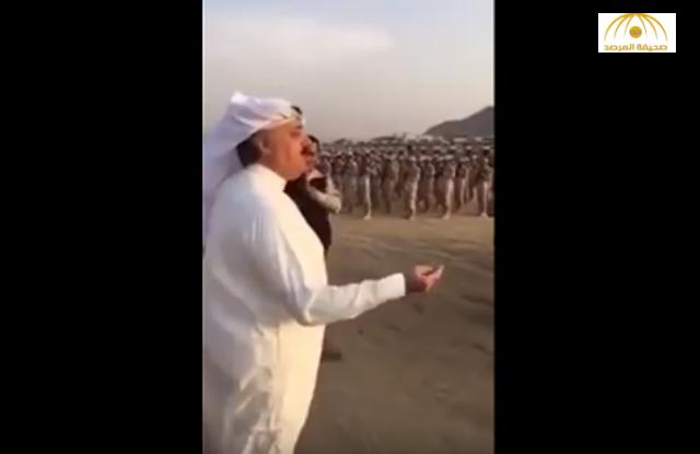 """شاهد.. ماذا فعل """"متعب بن عبد الله"""" خلال تفقده قوات الحرس المشاركة في الحج!"""