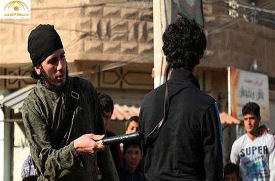 """داعش يجلد عراقياً بسبب أغنية لـ""""الجسمي"""" وسط الحويجة في العراق"""