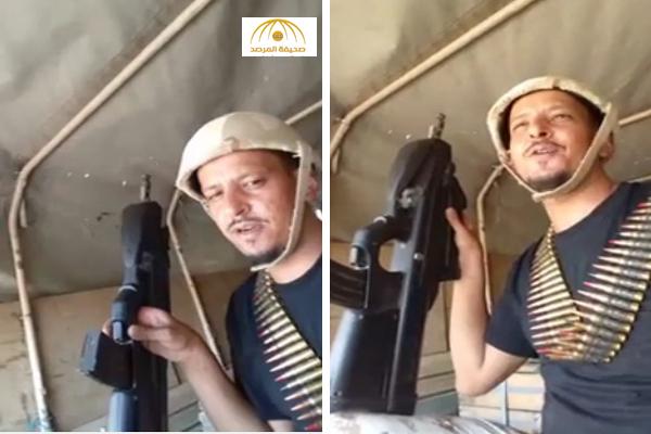 فيديو: جندي في الحرس الوطني ينظم قصيدة حماسية في حب الدفاع عن المملكة وقيادتها