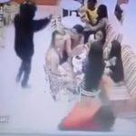 بالفيديو : لحظة إطلاق نار على شاب أمام صديقته بمحل آيس كريم