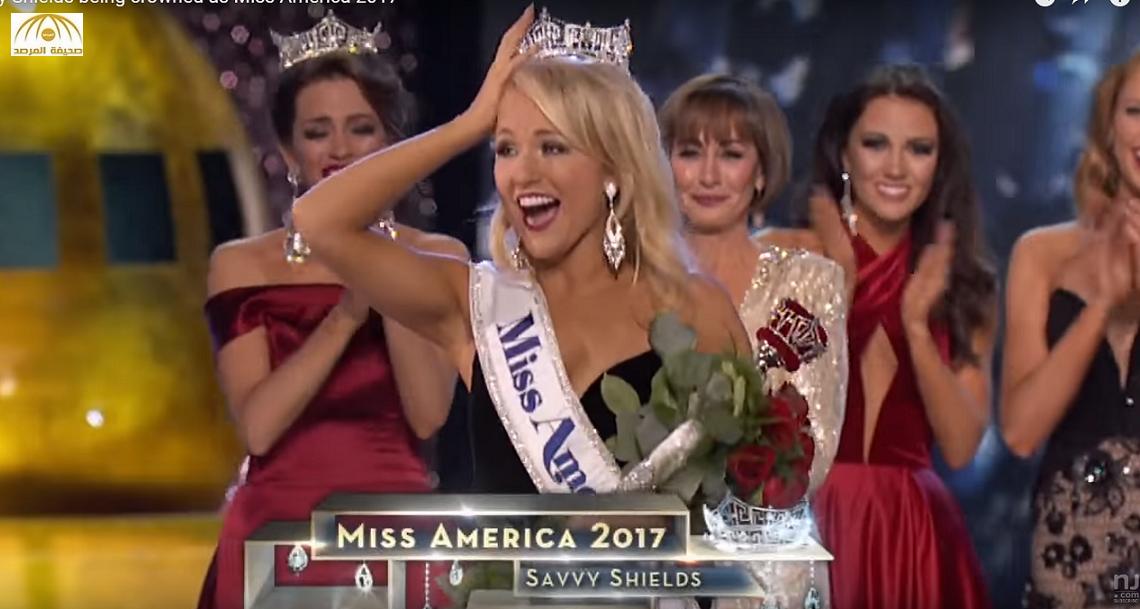 """بالفيديو: رقصة """"جاز"""" ترجح فوز هذه الشقراء بلقب ملكة جمال أمريكا لعام 2017"""