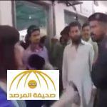 بالفيديو.. جندي باكستاني يصفع مراسلة تلفزيونية على الهواء مباشرة