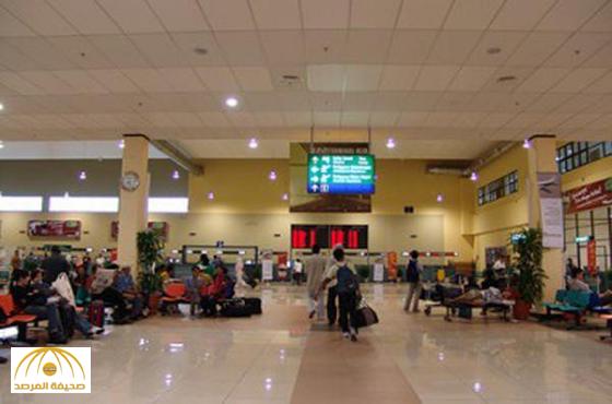 """القبض على شيف حلويات لبناني بـ""""مطار الملك خالد""""أيد الأسد وخزن صورا مسيئة للقيادة السعودية بجواله"""