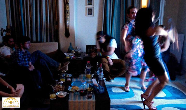 القبض على سعوديين برفقتهم مغربيات يتعاطون المخدرات في فندق بدبي