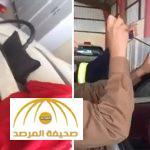 بالفيديو : ضابط بالدفاع المدني يوثق طريقة فتح باب السيارة عند ضياع المفتاح