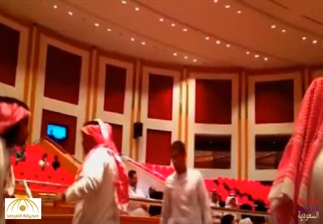 ماذا قال البليهي عن مقاطعة الطلاب لمحاضرته؟-فيديو