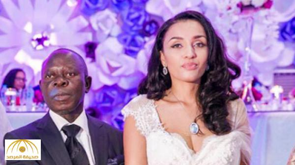بالصور.. قصة زواج حاكم ولاية نيجيرية بمضيفة الخطوط الإماراتية التي تصغره بـ 34 عامًا