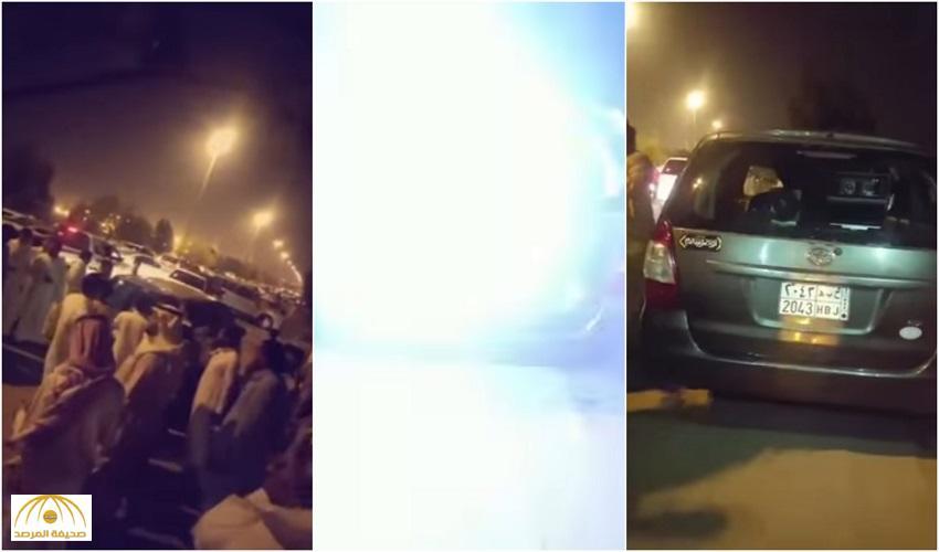 """بالفيديو: غضب وتجمهر بسبب تصوير """"ساهر"""" لسيارات غير مسرعة بمكة"""