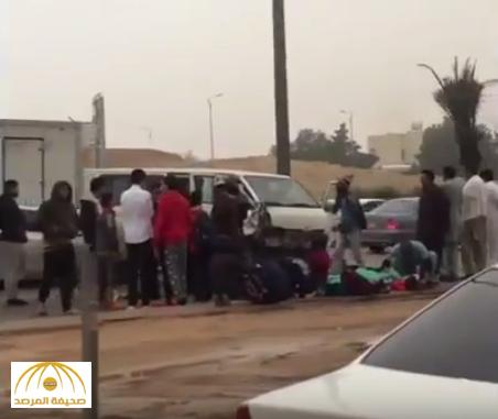بالفيديو.. إصابة طلاب ابتدائي في تصادم حافلة بالدائري الجنوبي في الرياض