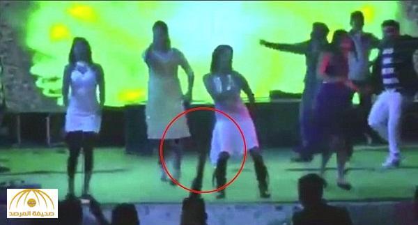 بالفيديو .. لحظة إطلاق النار على راقصة في حفل زفاف بالهند