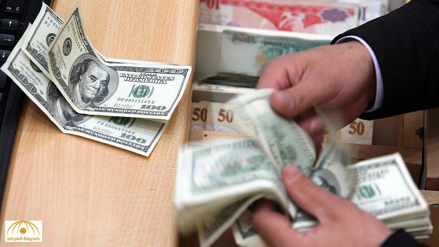 """""""الجنيه المصري"""" ينهار أمام  الدولار رغم تصريحات السيسي """"المطمئنة""""!"""