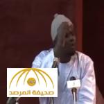 """فيديو: شاعر """"سنغالي"""" يثير إعجاب الأمير خالد الفيصل"""