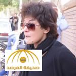 """بالفيديو :فنانة شهيرة استقبلت خبر وفاة زميلتها بـ""""مبروك"""" ..ونزلت معها القبر.. إليكم القصة!"""