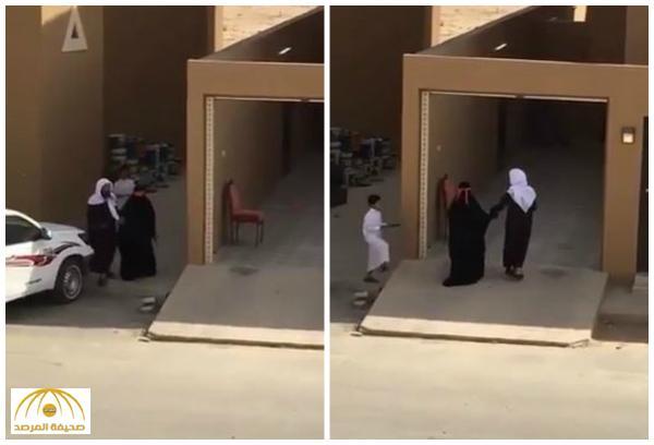 """بالفيديو: شاهد ردة فعل """"مؤذن مسجد"""" لحظة دخول والدته أول مرة لمنزله .. وماذا قال المغردون عنه؟"""