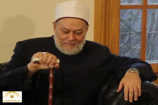 بالفيديو: معجبة تتغزل بمفتي مصر السابق علي جمعة … شاهد ردة فعله ؟