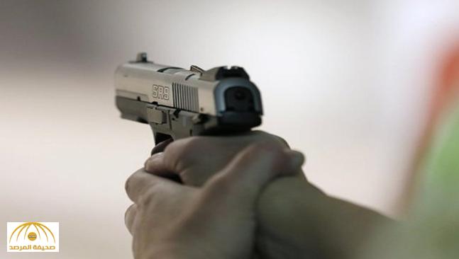 شاب يقتل شقيقه الأكبر بالرصاص في القطيف .. إثر خلاف بينهما