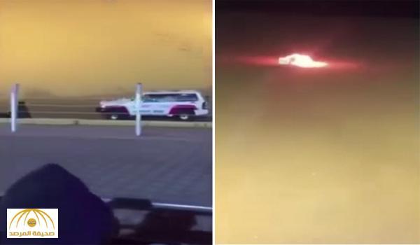 """مشهد مثير لسيارة بقدرات جبارة تحاول صعود طعس .. وفجأة تحترق .. والجمهور يصرخون على المعلق """"أنت السبب"""""""