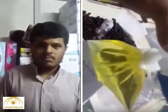 بالفيديو.. مواطن يوثق قيام بائع يمني بالتبول في علبة زيتون بأحد المتاجر!