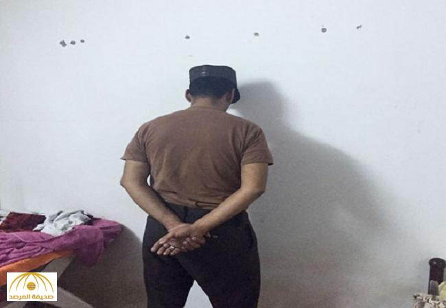 """جازان:بعد فصله من عمله..عسكري سابق يختطف """"فتاة"""" والشرطة تكشف التفاصيل-صور"""