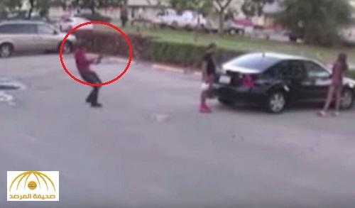 تحت أنظار صديقته .. بالفيديو : مقتل رجل بإطلاق النار عليه 13 مرة بفلوريدا