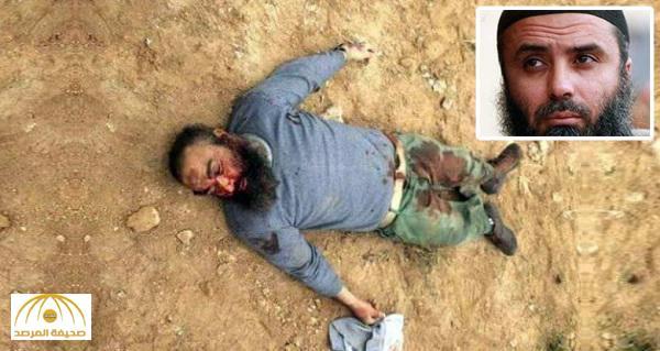 """أطلقوا عليه الرصاص حتّى بعد تأكدهم من موته .. بالفيديو : الجيش الليبي يقتل التونسي """"أبو عياض"""""""