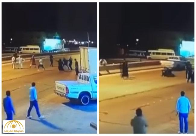 بالفيديو:مضاربة جماعية بين أسرتين بدأت بضرب وانتهت بإطلاق نار في بريدة