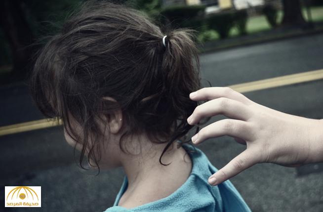 """والد """"الطفلة المختطفة"""" في بريدة يكشف تفاصيل الواقعة : الجاني خطف ابنتي أمام عيني !"""