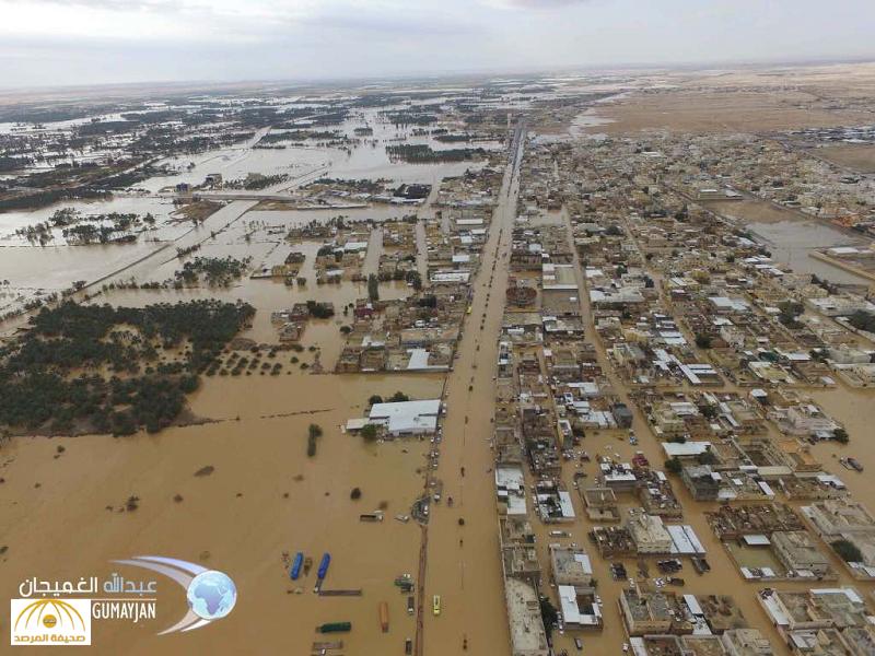 """بالفيديو والصور..السيول والأمطار تغرق مركز """"الدلم""""..وتحول طريق الجنوب إلى بحيرة مياه!"""