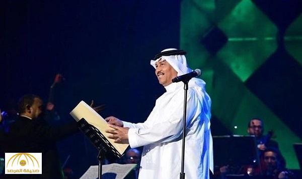 """بعد نجاحه في """"جدة"""".. مطالب بإقامة حفل غنائي لـ """"محمد عبده"""" بالرياض.. وجدل على """"تويتر"""" !"""